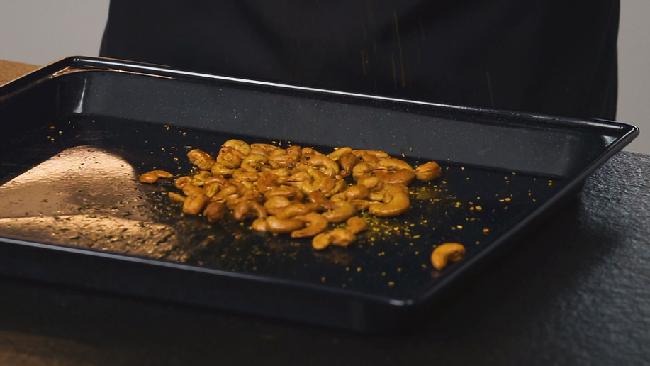 cashew nuts1.png