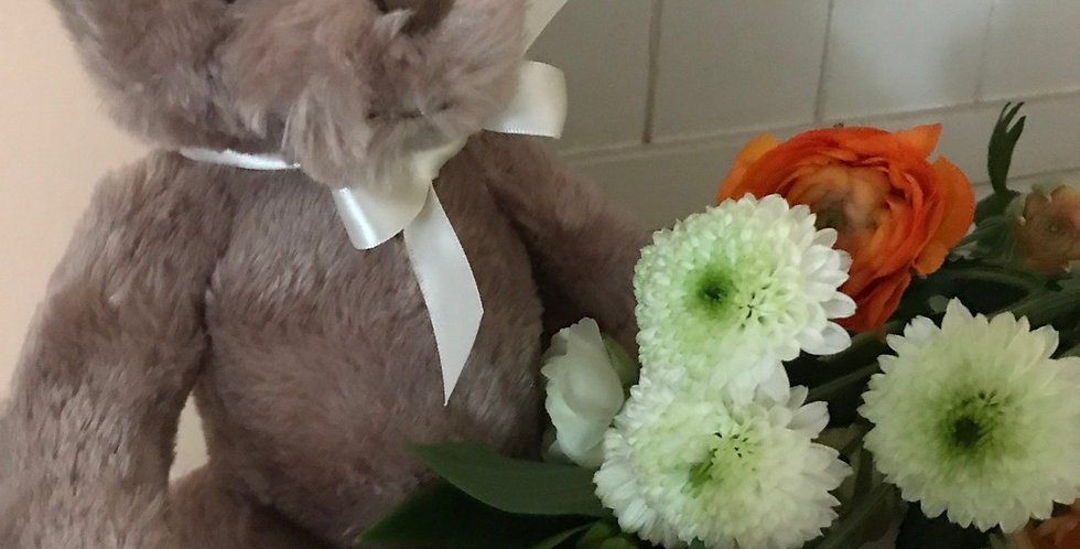 Teddy Bear to accompany your flowers