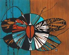 Papillon sur feuille de bois