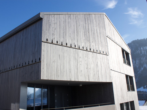 Ecole de Charmey, du bois du coin pour un exemple de durabilité