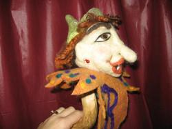 Beatrice de 'ol Biddy puppet