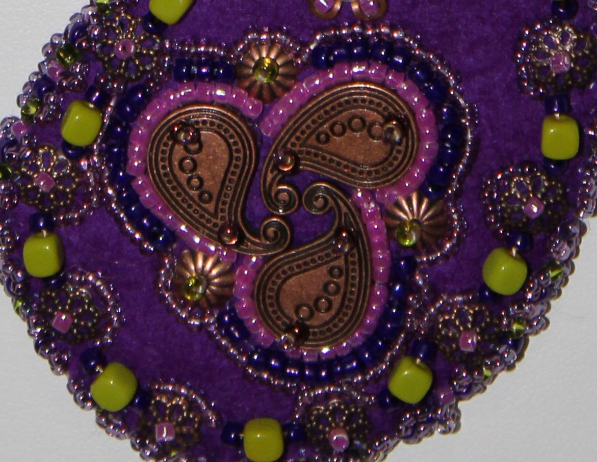 Paisley Dance necklace