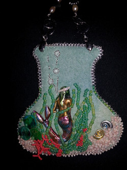 Mermaid View necklace