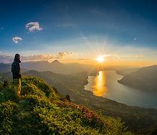 Interlaken Photo Tour guide watch sunset over Lake Thun