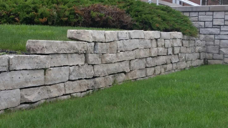 Drystack Wall Stone Mackinaw