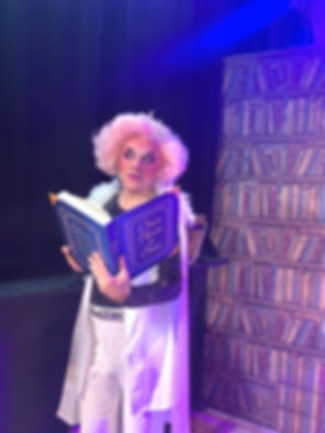 Ian Renshaw pantomime dame actor prop maker designer musician