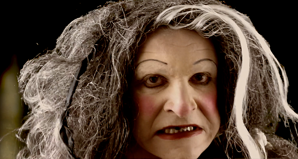 Queen Margaret D'Anjou The Travesty of Richard III comedy shakespeare Ian Renshaw actor prop maker designer musician