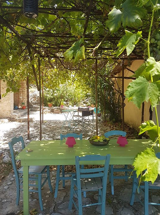 Garden tuin, drijf, Greece table outdoor living