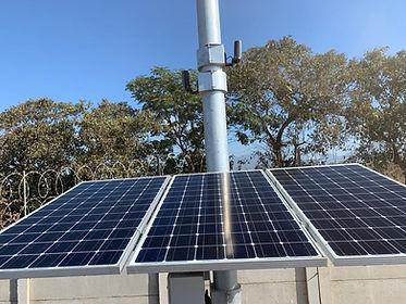 cámara de vigilancia con panel solar.jpe