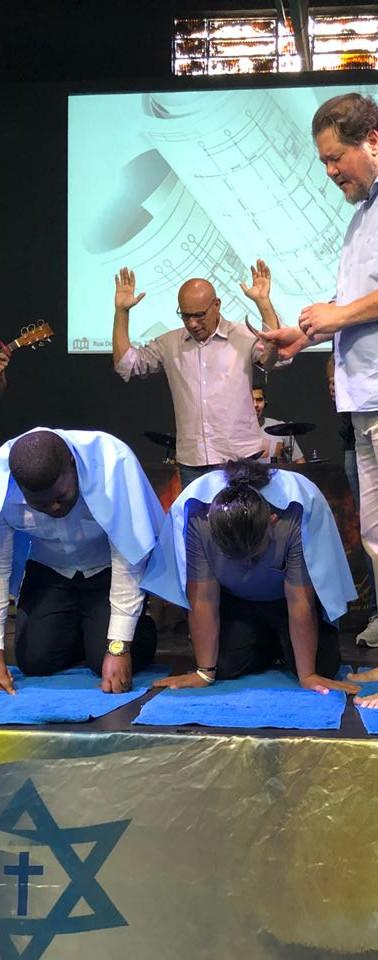 Apostolos Dario Hernandes e Simão Bunga