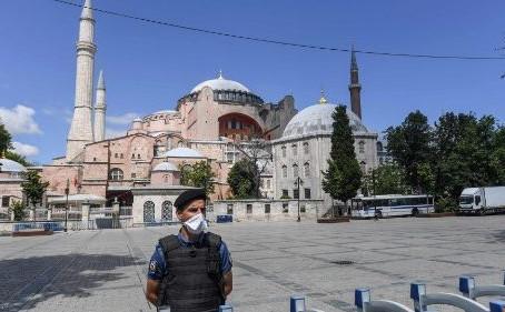 """Santa Sofia. Igrejas ortodoxas: """"Uma grande perda para cristãos de todo o mundo"""""""