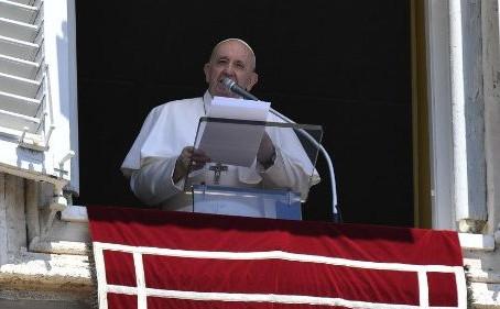 Angelus. O Papa: Jesus é o tesouro escondido que dá sentido a nossa vida