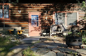 vacation cabins Custer SD, Black Hills getaway, camp fires
