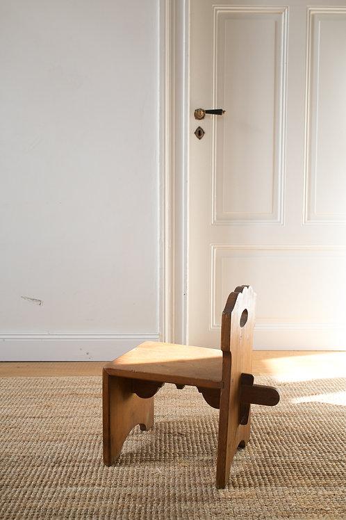 Unique milking stool / farmers stool vintage