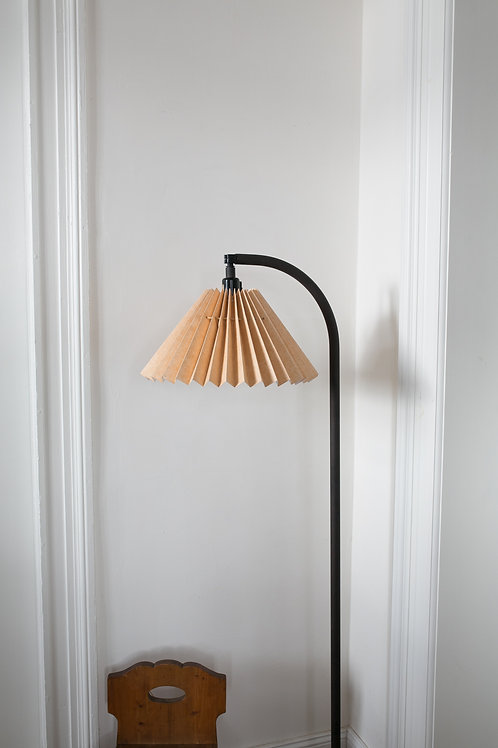 Mid century danish design floor lamp with pleated lamp shade by Frandsen