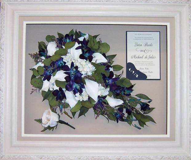 "# 4 - White - w/Floral Edge 16"" x 20"""
