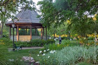 Unity_in_Chicago_Garden_6_©PaternoGroup.