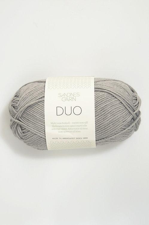 Sandnes Duo 6030 Lys Gra