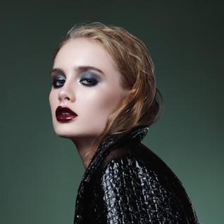Editorial Grunge Makeup