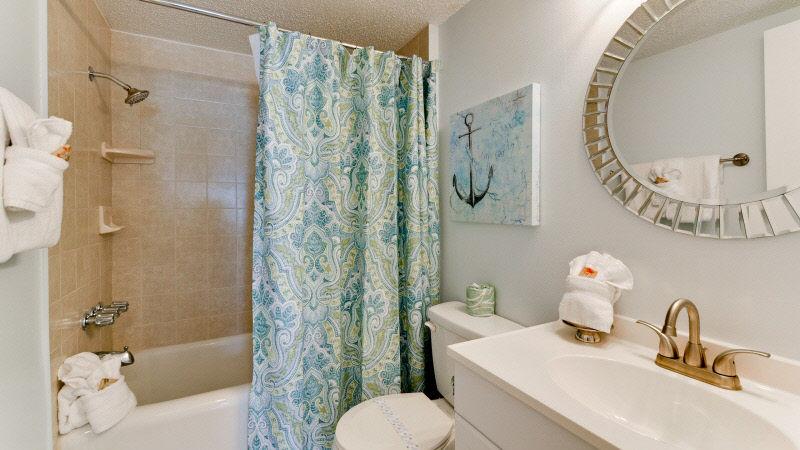 3082nd201-Bath