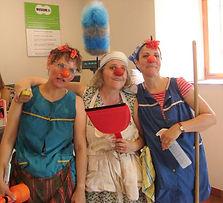 Clown-drei-Putzfrauen (2a).jpg
