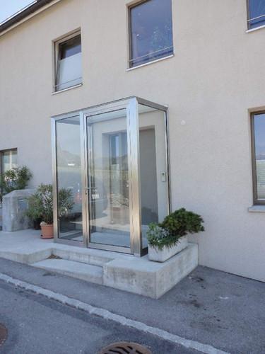 Windschutz CNS Glaskonstruktion