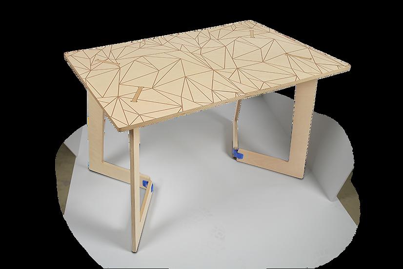 """שולחן עץ מודפס - דגם קאריה משולשים חום 118/74 ס""""מ"""