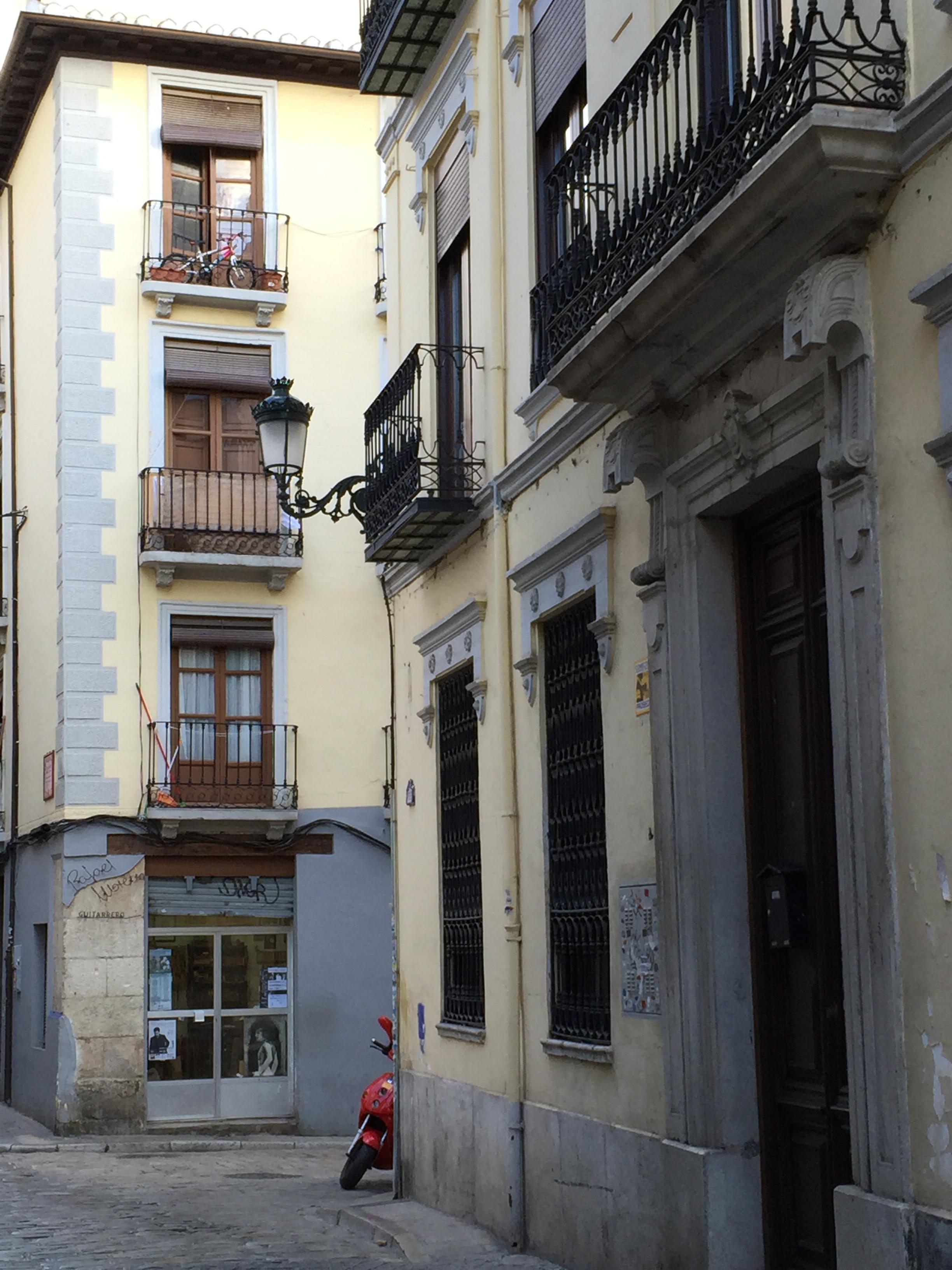 Calle Jesús y María, edificio Chocín