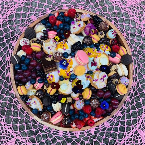 The Ultimate Dessert Platter 40cmD - hig