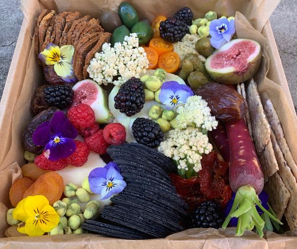 Petite_Picnic_Vegetarian2.jpg