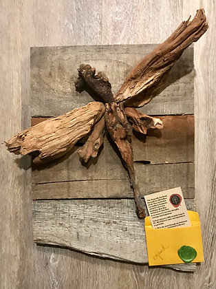 Driftwood Art: Expand Dragonfly