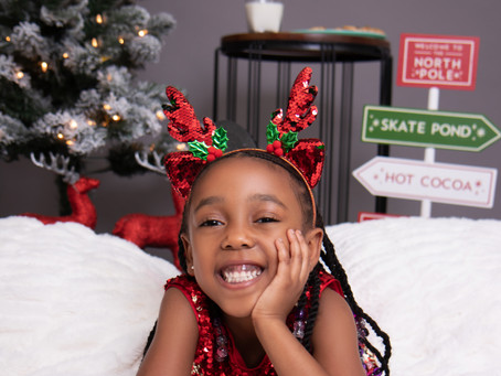 Camera Ready: Our Christmas Photoshoot