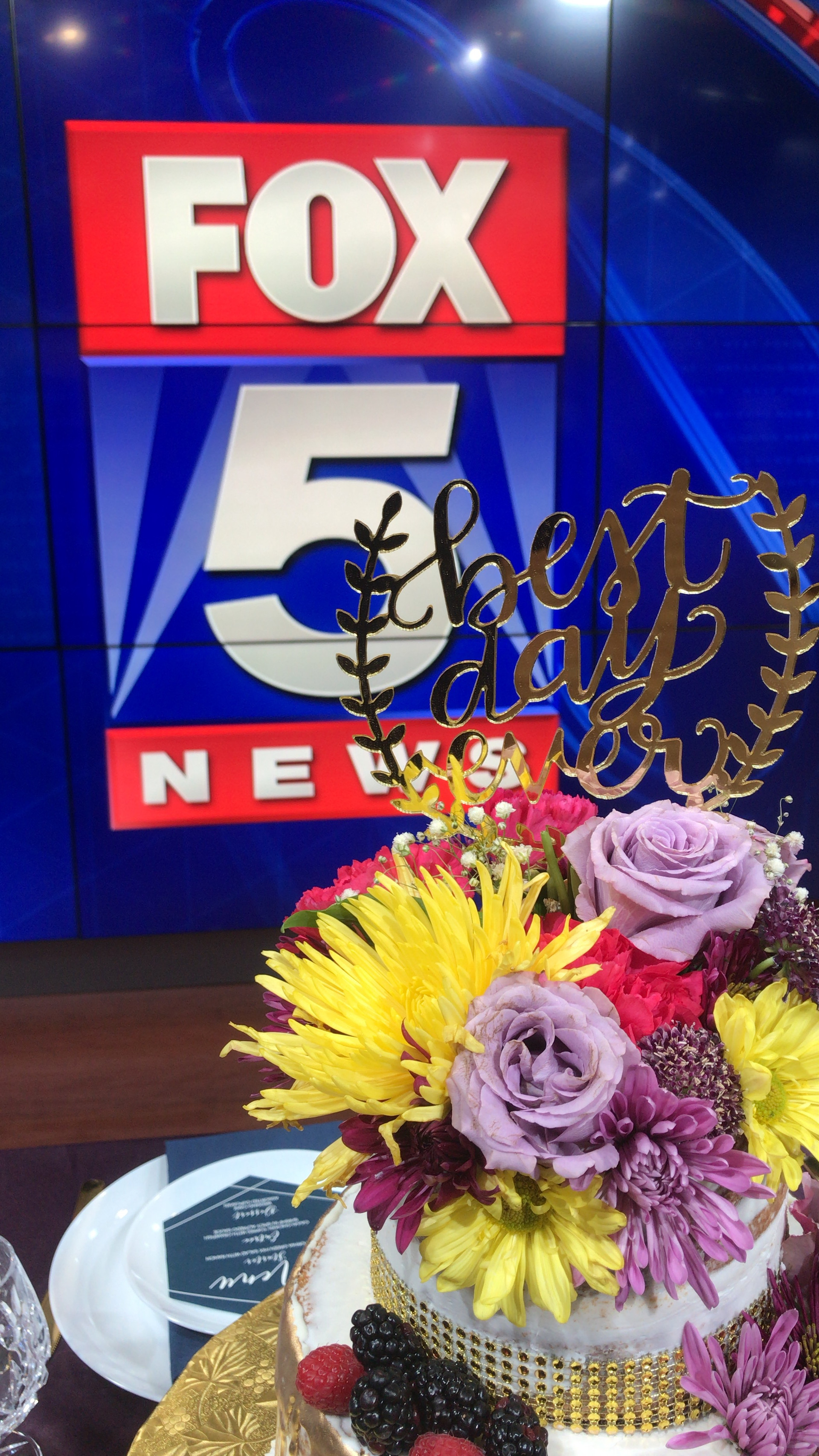 Fox5Weddings9