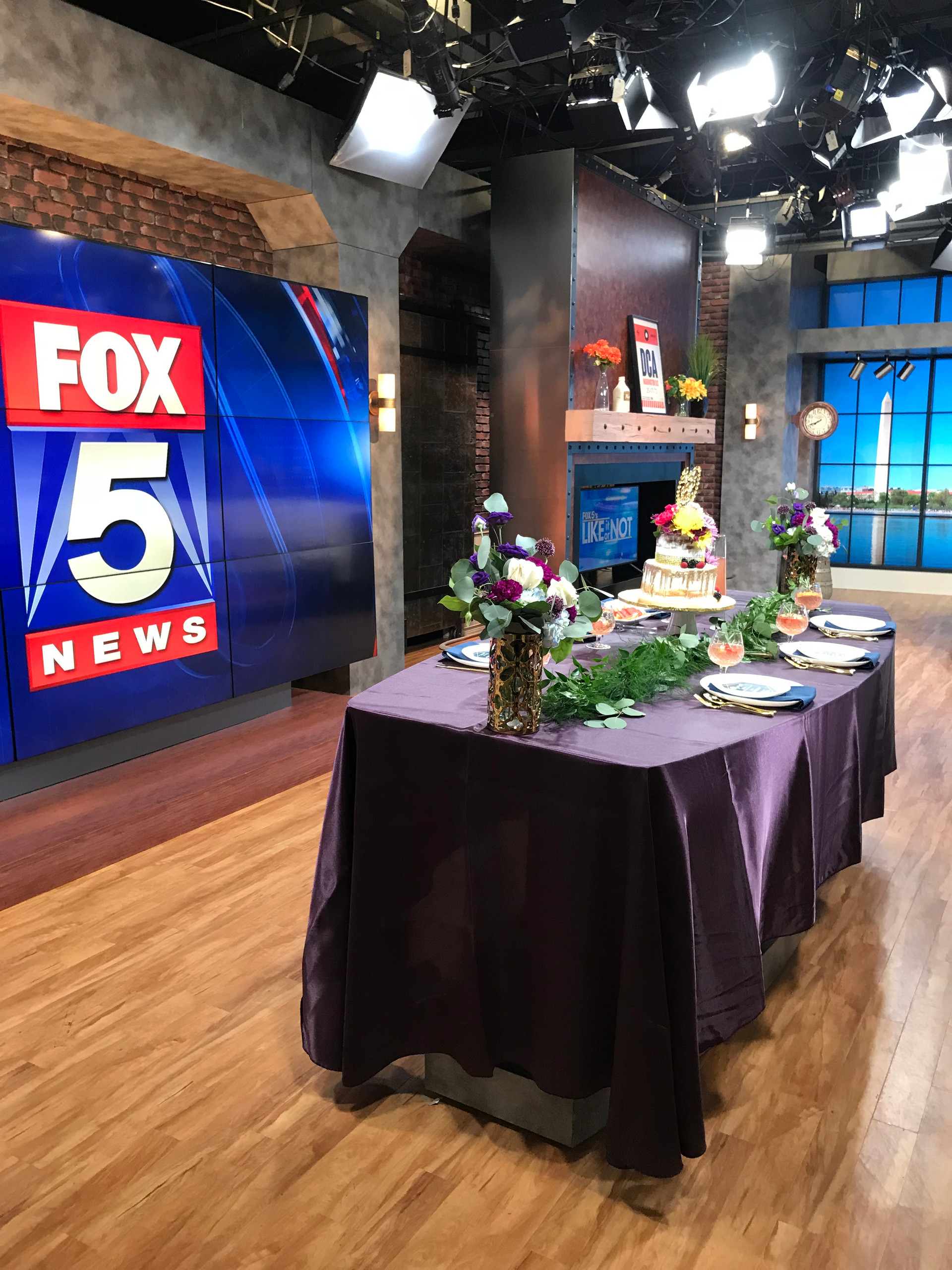 Fox5Weddings36