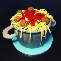 Gâteau d'anniversaire - spaghettis