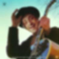 alan em uma capa de disco modificado em photoshop