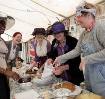 HOLMFIRTH WI IN THE HUDDERSFIELD EXAMINER DURING WORLD WAR I WEEKEND