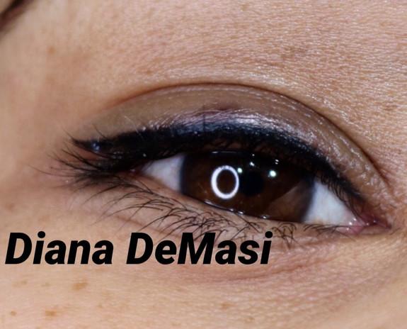 wing eye liner