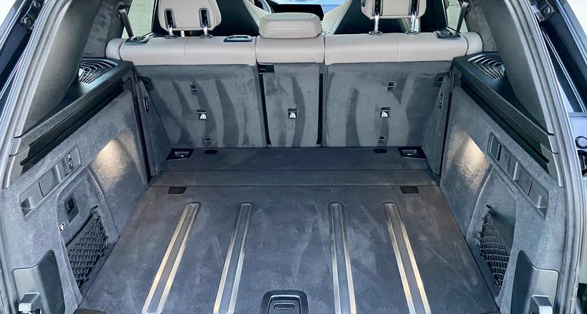 X5M Rear Storage Compartment