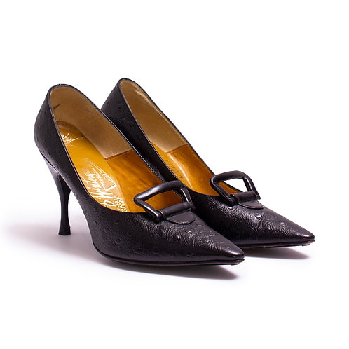 3/4 View of 1950s Black Ostrich Leather Stilettos