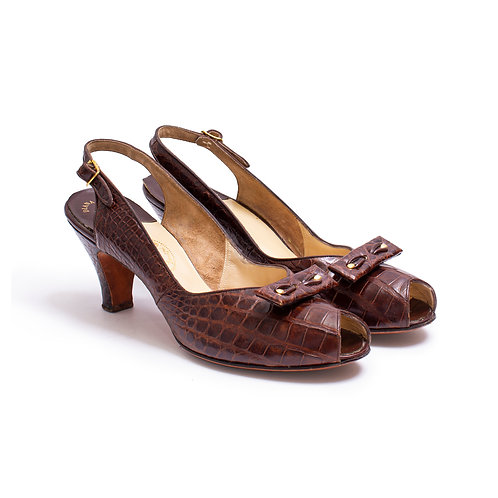 1940s Brown Alligator Slingback Peeptoe Pumps