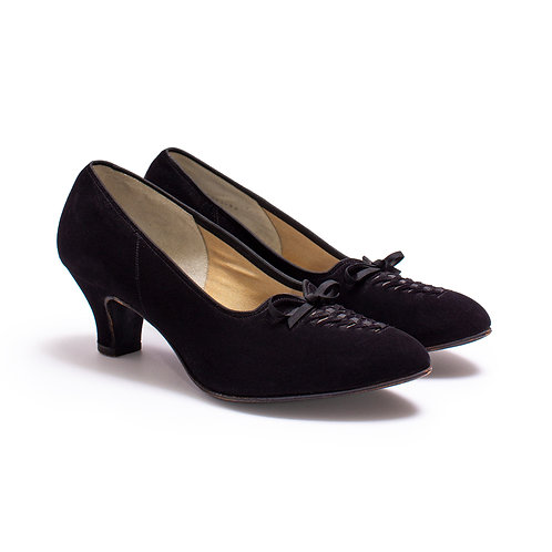 1940s-1950s Black Suede Pumps by The Foot Saver