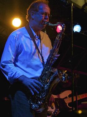 Saxophonlehrer-Gitarrenlehrer-Querflötenlehrer