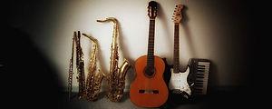 Instrumente Arno Behl Musikunterricht