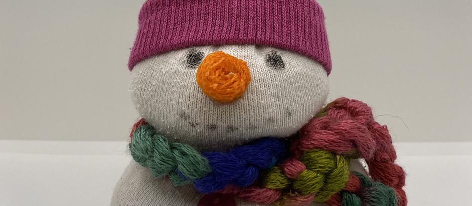 Schneemann aus Socken- einfach erklärt für Kinder