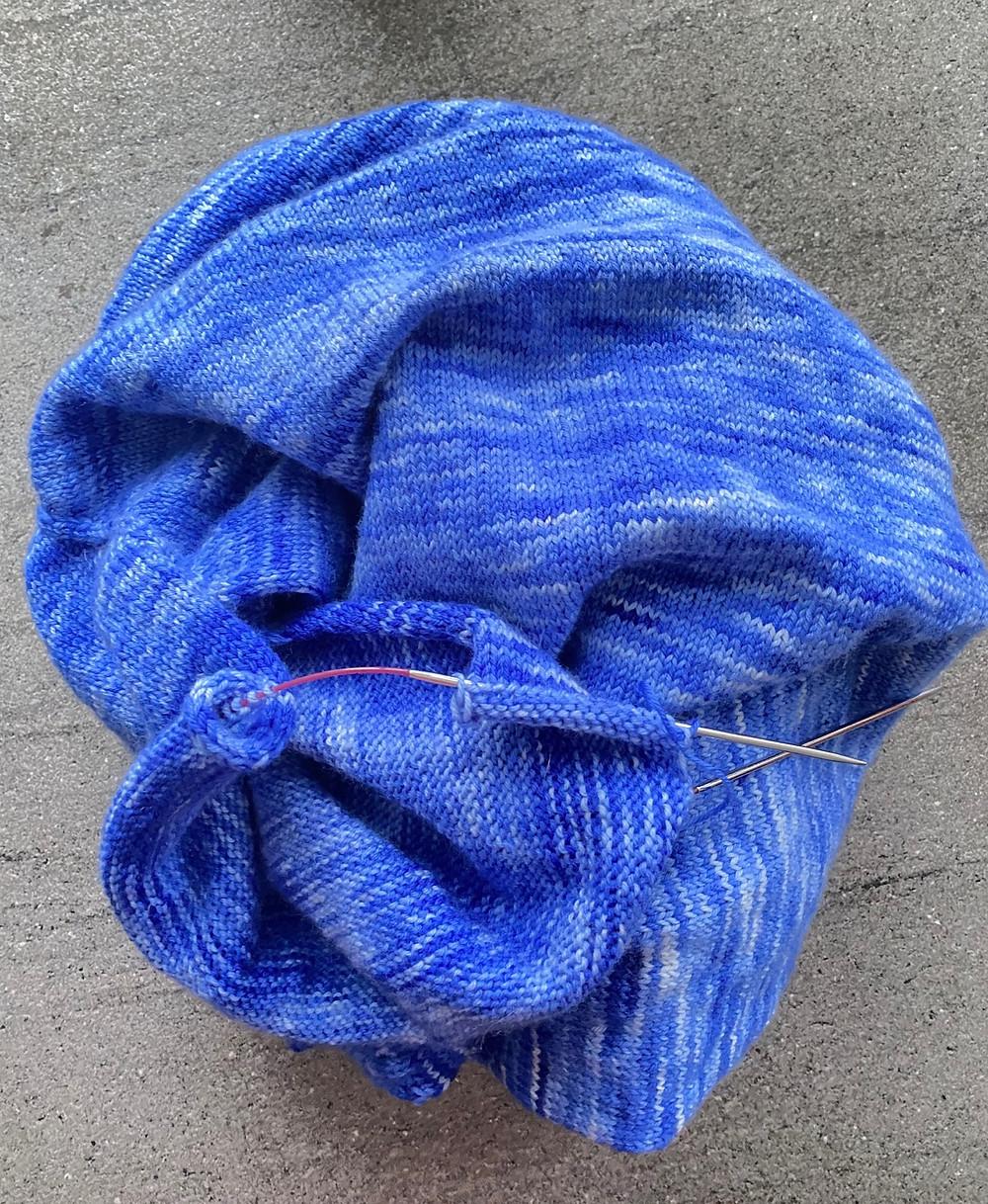 Pulli-stricken-handgefärbte-Wolle