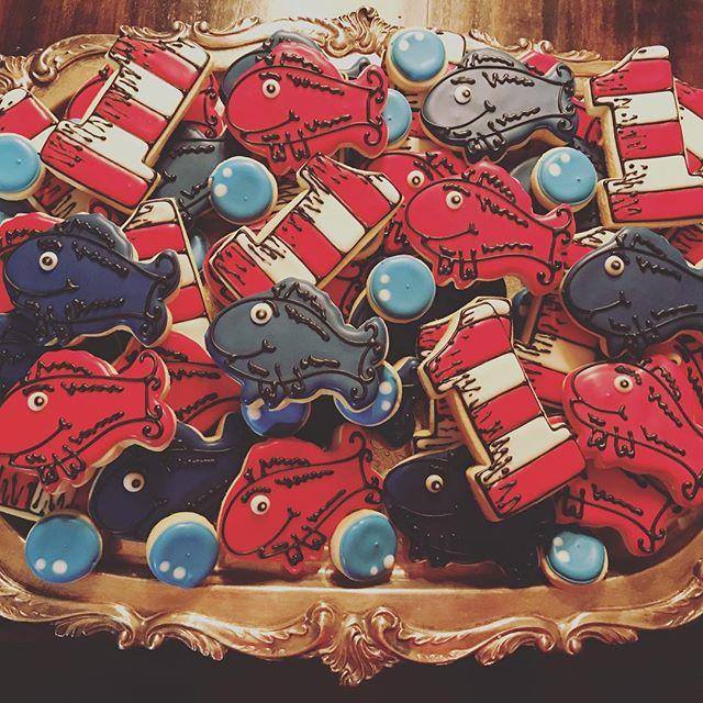 #sugarcookies #onefishtwofishredfishbluefish