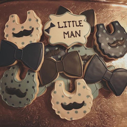 #cookies #sugarcookies #littleman #mustache #bowtie #sugarart #royalicing
