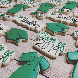 Grad Cookies headed to Texas! ._._._