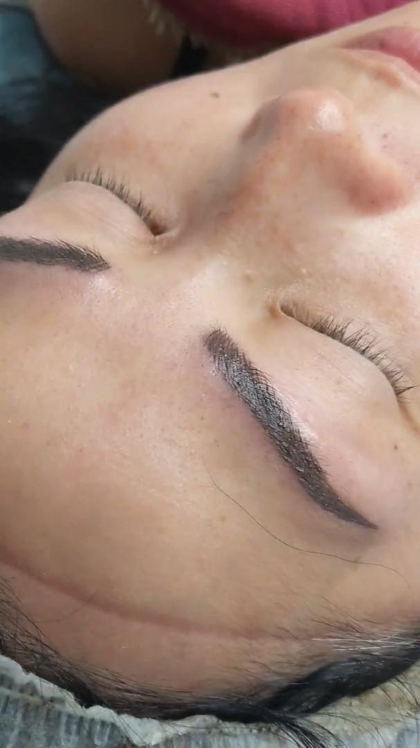 Micro-shade brows @beyondlashesandbrows.